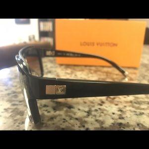 Louis Vuitton Accessories - Louis Vuitton Enigme Sunglasses